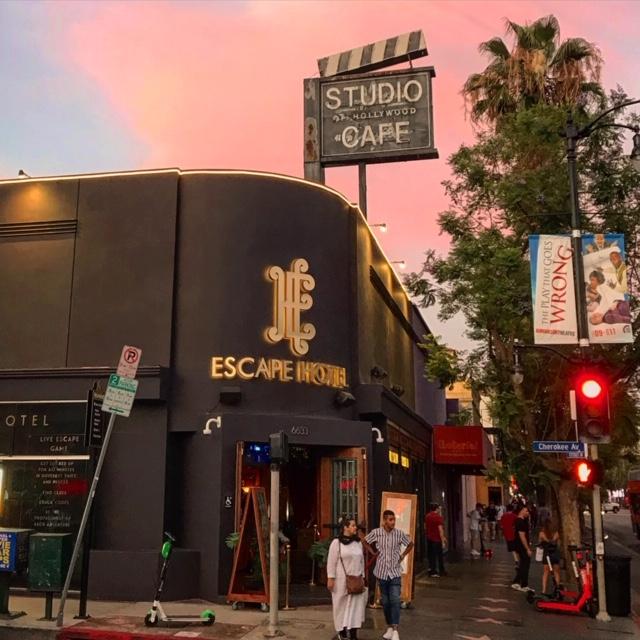 Escape-Hotel-Hollywood-LA